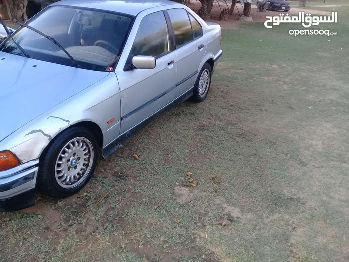 Used condition BMW 320 1998 with 10,000 - 19,999 km mileage