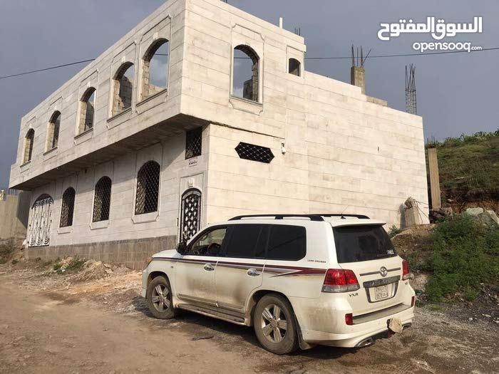 مدينة إب - بيت للبيع 3 قصب حر .