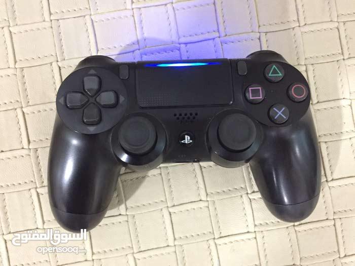 يدة تحكم PS4 مستعمله أصليه نظافه 95%