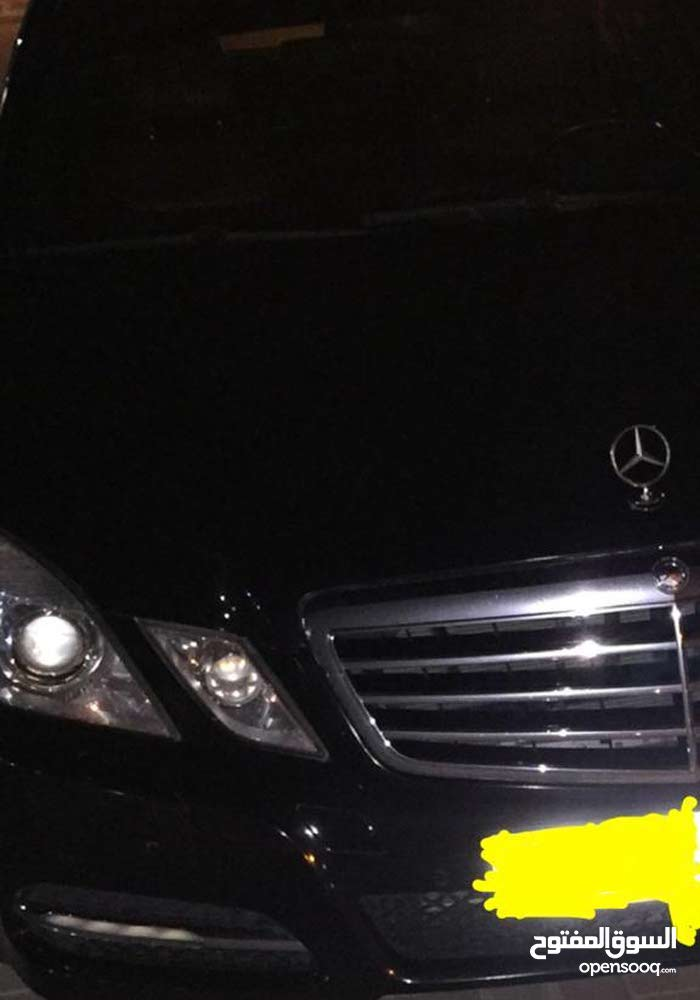 Best price! Mercedes Benz E 300 2011 for sale