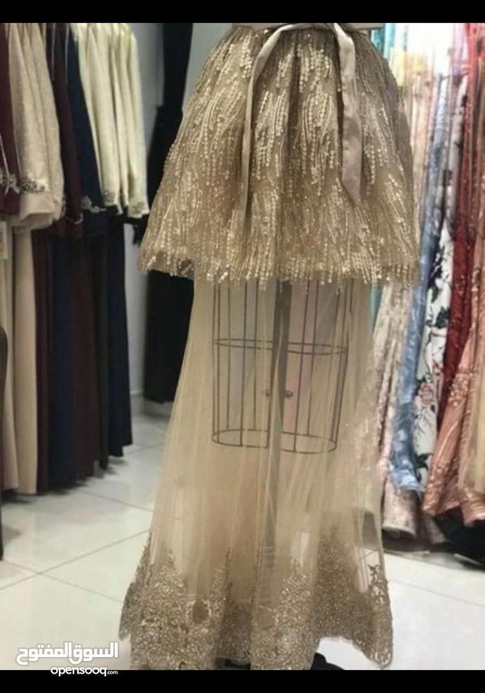 فستان سهره تقيل للبيع للتواصل الرجاء إرسال رساله