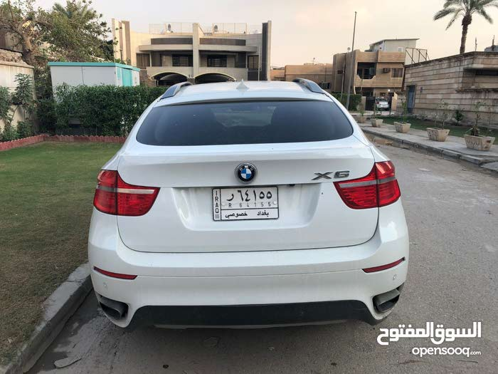 Automatic Beige BMW 2010 for sale