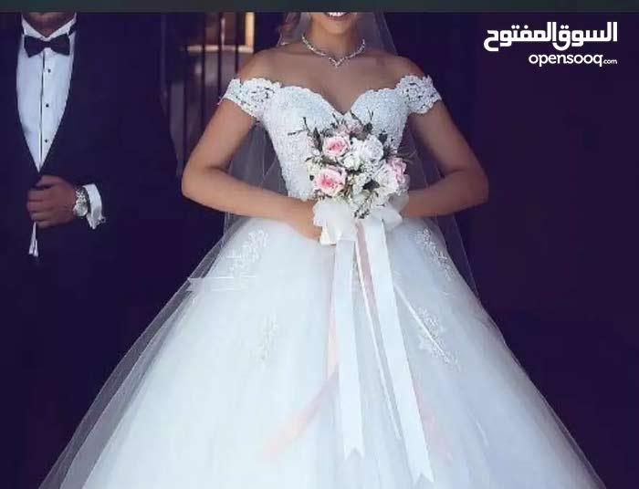 فساتين زفاف ناعمه وانيقه
