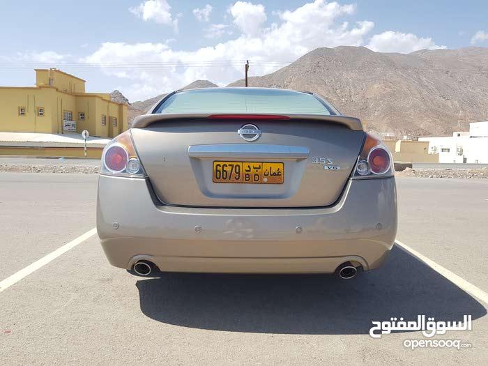 التيما 2008 ستة سلندر وكالة عمان للبيع او للتبادل
