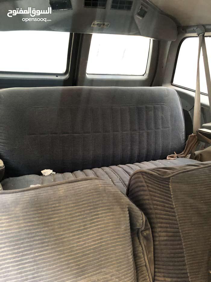 Chevrolet Suburban car for sale 1991 in Najran city