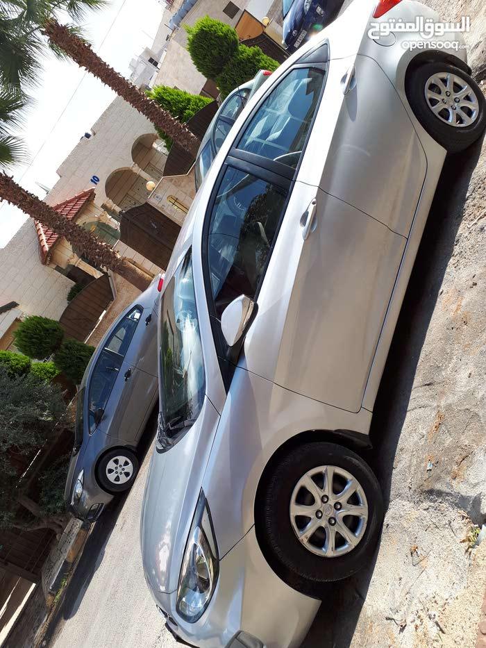 سيارة أكست 2013