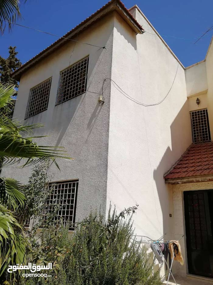 Villa for sale - best property building age 20+ years
