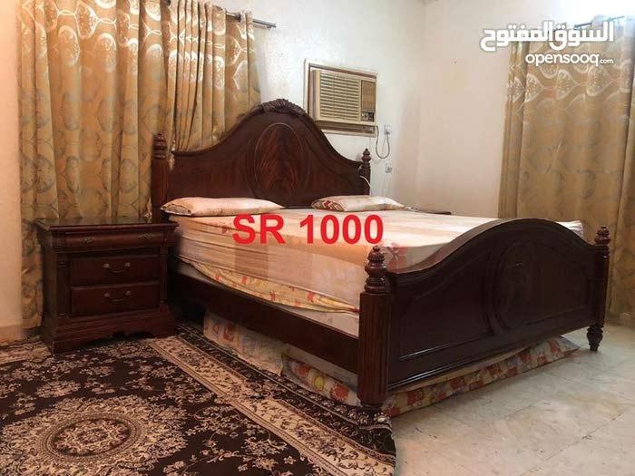 . 2 bedroom sets with wardrobe
