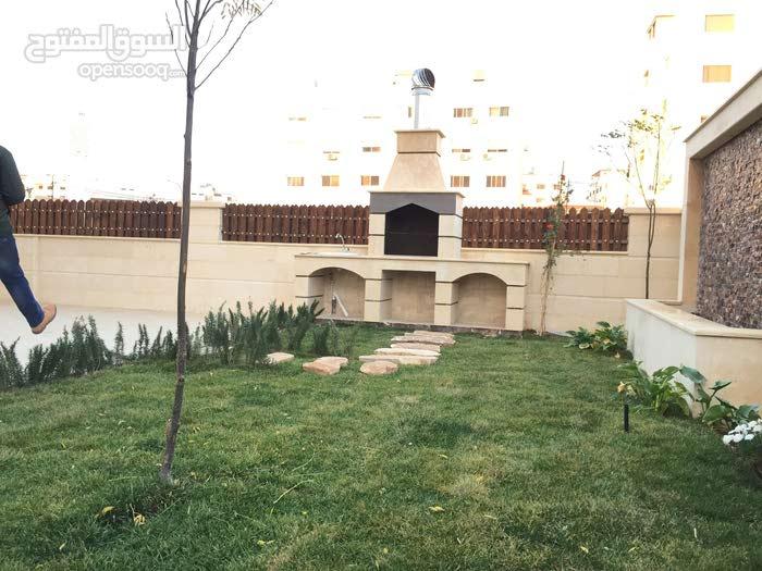 شقة طابق ارضي فاخرة للبيع في خلدا بلقرب من دوار المعارف وحدائق الحسين