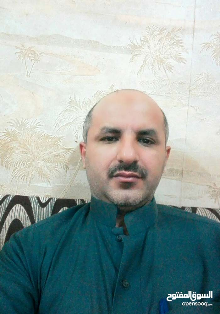 يمني يبحث عن عمل بحفر الباطن