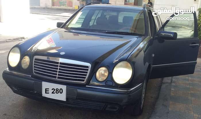 Mercedes Benz E 280 in Tripoli