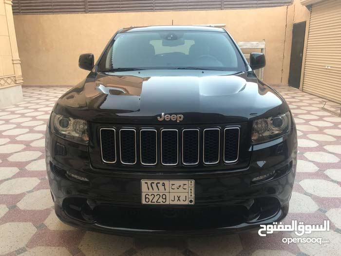 Used condition Jeep Grand Cherokee 2013 with  km mileage