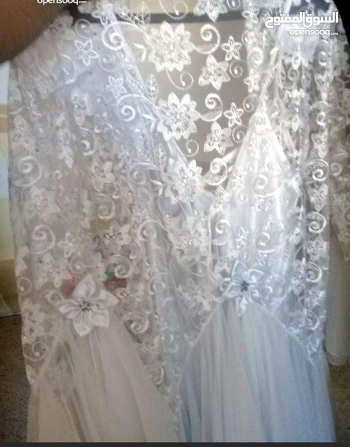 فستان صباحية لون ابيض السعر 40 دينار للاستفسار 0778372212