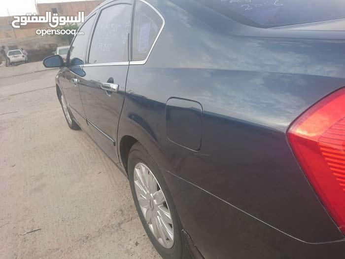 Used 2005 SM 5 in Tripoli