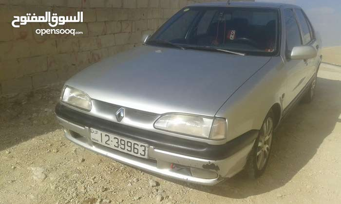 Silver Renault 19 1995 for sale