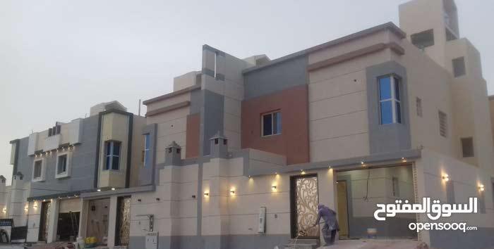 فيلا دبلكس على زاويه المساحه200م حي ظهرة لبن