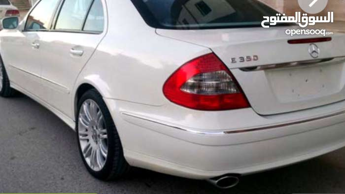 Available for sale!  km mileage Mercedes Benz E 350 2008