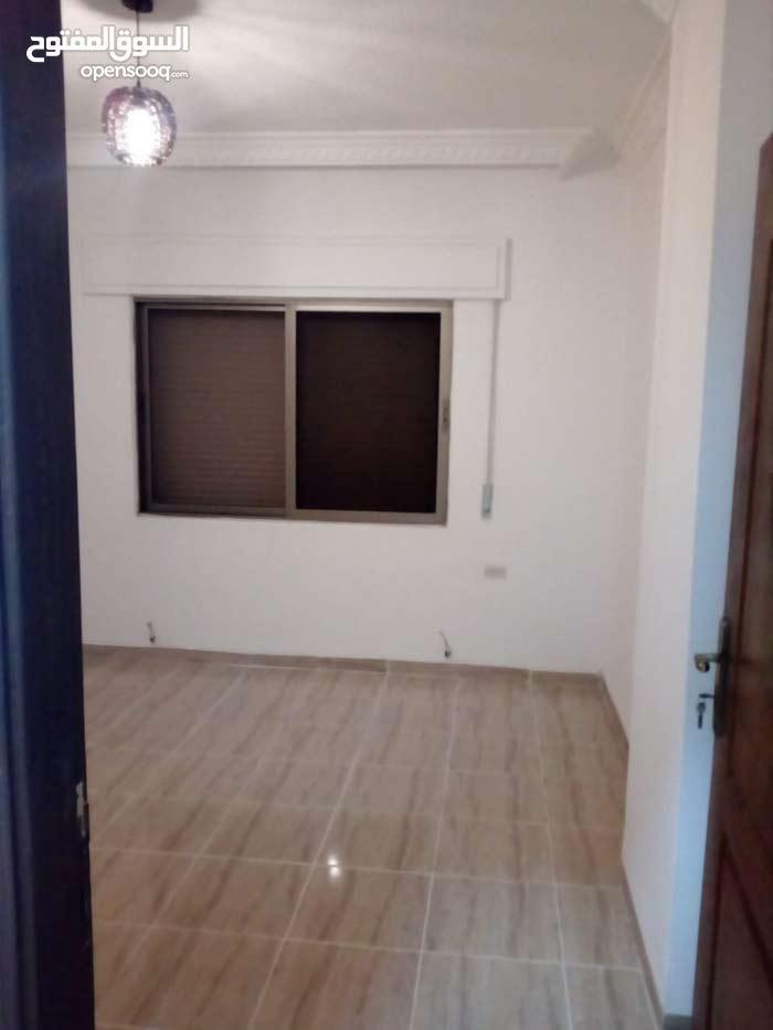 Daheit Al Rasheed neighborhood Amman city - 173 sqm apartment for sale
