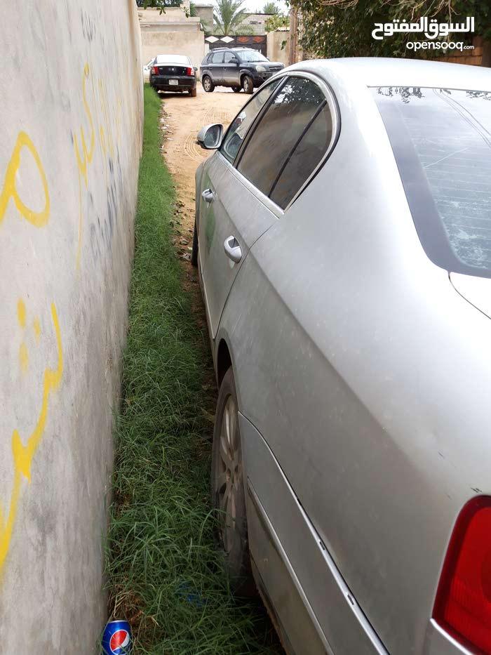 Used condition Volkswagen Passat 2007 with +200,000 km mileage