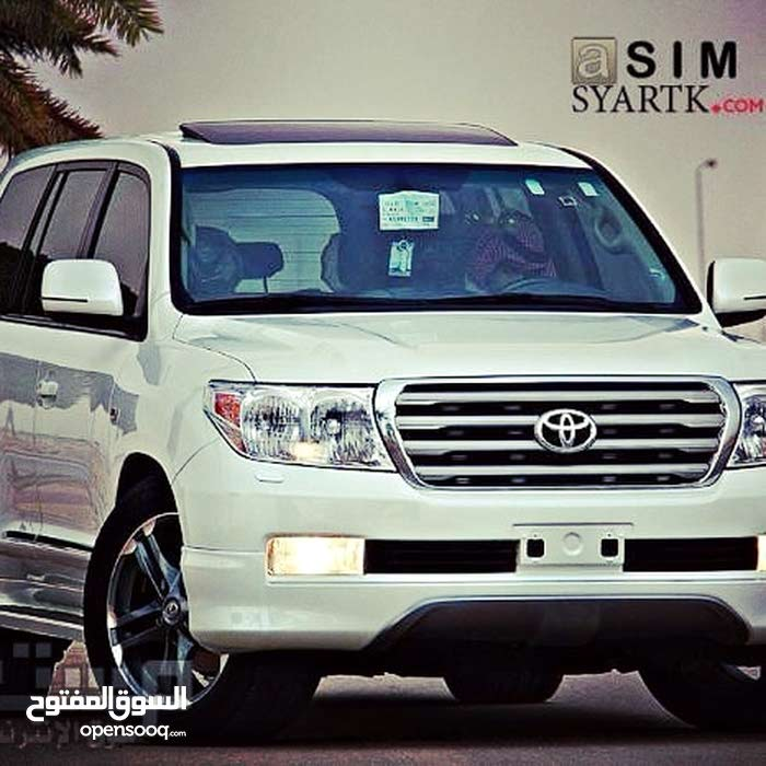 Automatic Toyota 2011 for rent - Baghdad