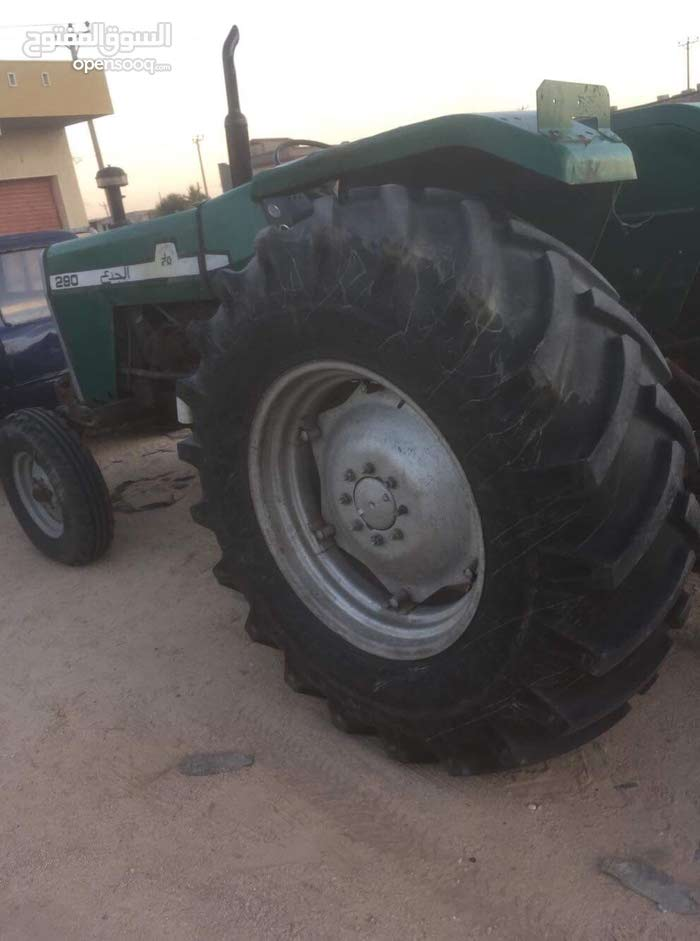 Tractor in Zawiya is available for sale