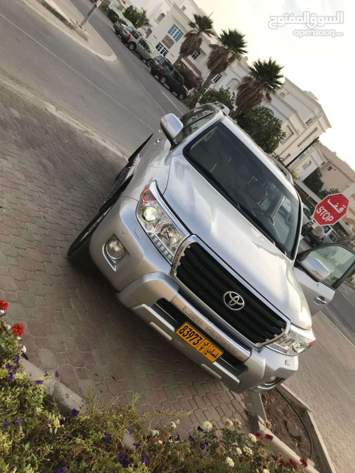 100,000 - 109,999 km Toyota Land Cruiser 2013 for sale
