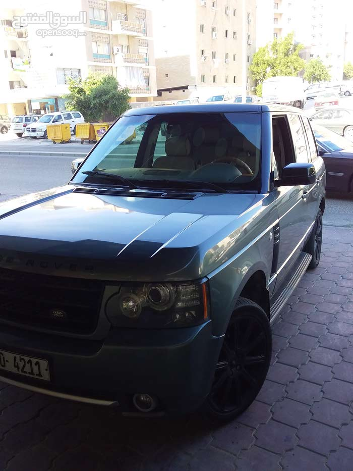Land Rover Range Rover car is available for sale, the car is in Used condition