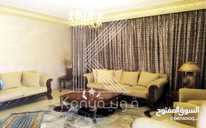 3 rooms  apartment for sale in Amman city Jabal Al Hussain