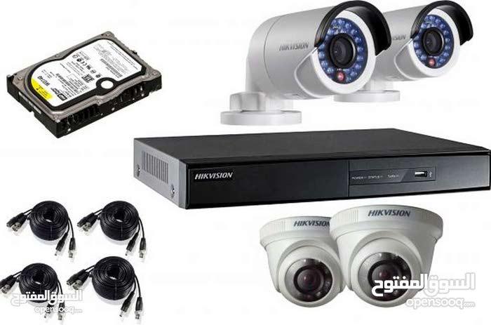 كاميرات مراقبة بالشيك