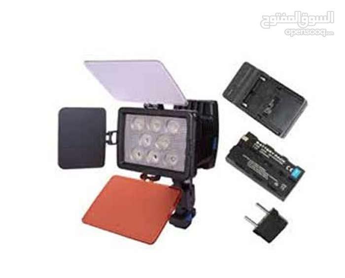 كشافات اضاءة لكاميرات الفيديو