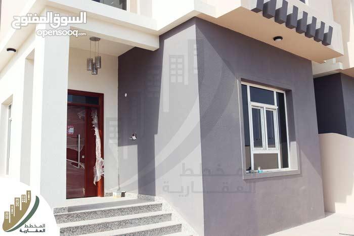 Luxurious 350 sqm Villa for sale in SeebAl Khoud