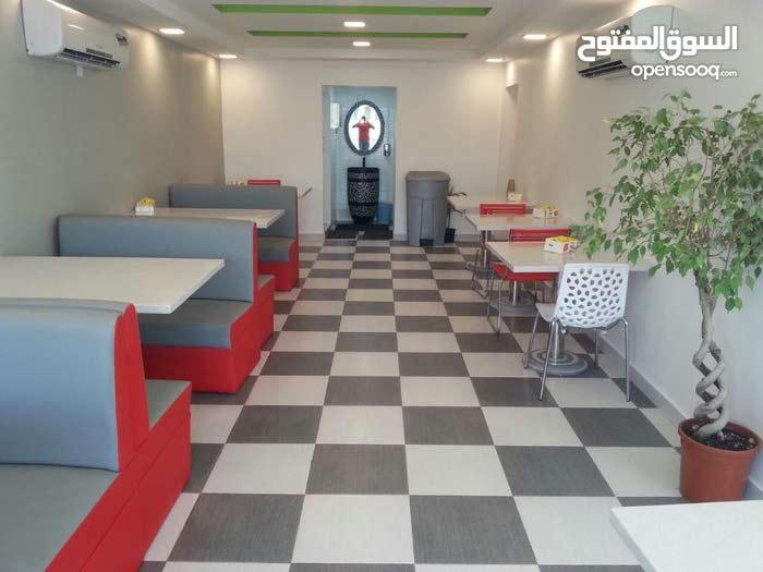 مطعم للبيع بمنطقه سند