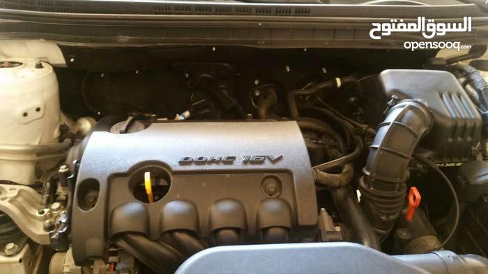 Hyundai Elantra 2011 For sale - White color