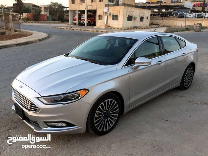 Silver Ford Fusion 2018 for sale