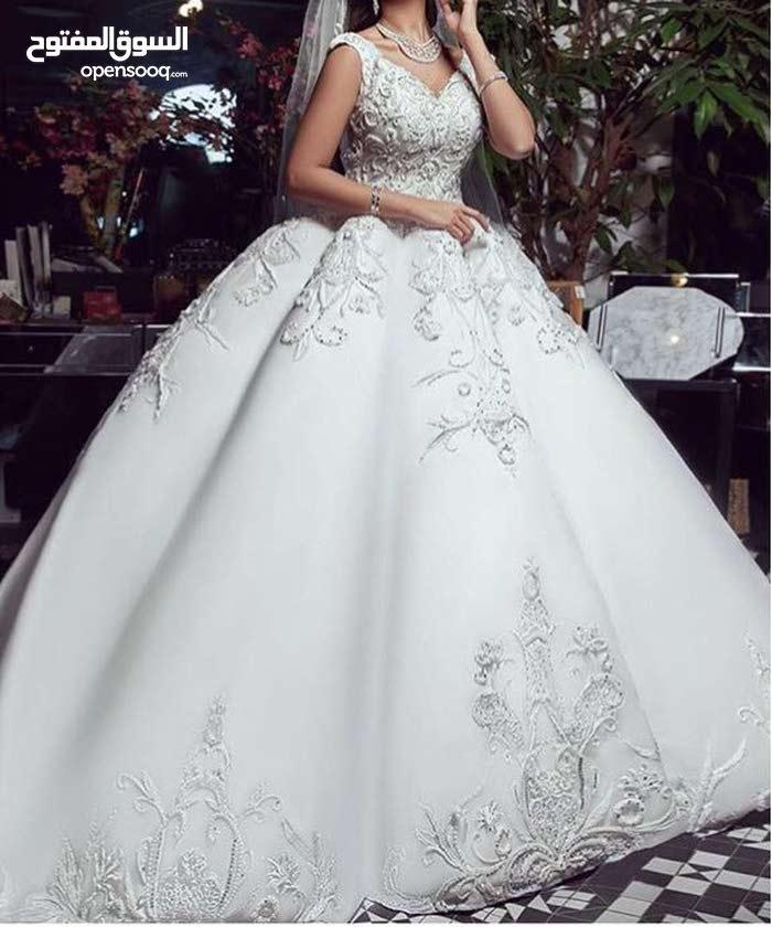 فستان زواج استعمل مره واحده