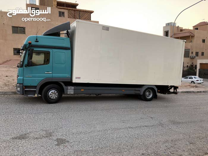Van in Aqaba is available for sale