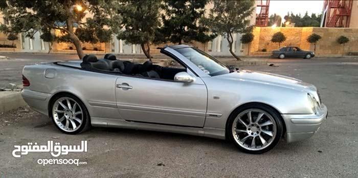 Rent a 2003 Mercedes Benz CLK