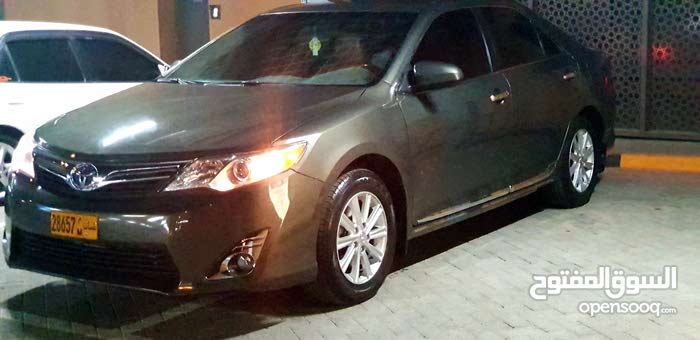 Toyota Camry 2014 For sale - Green color