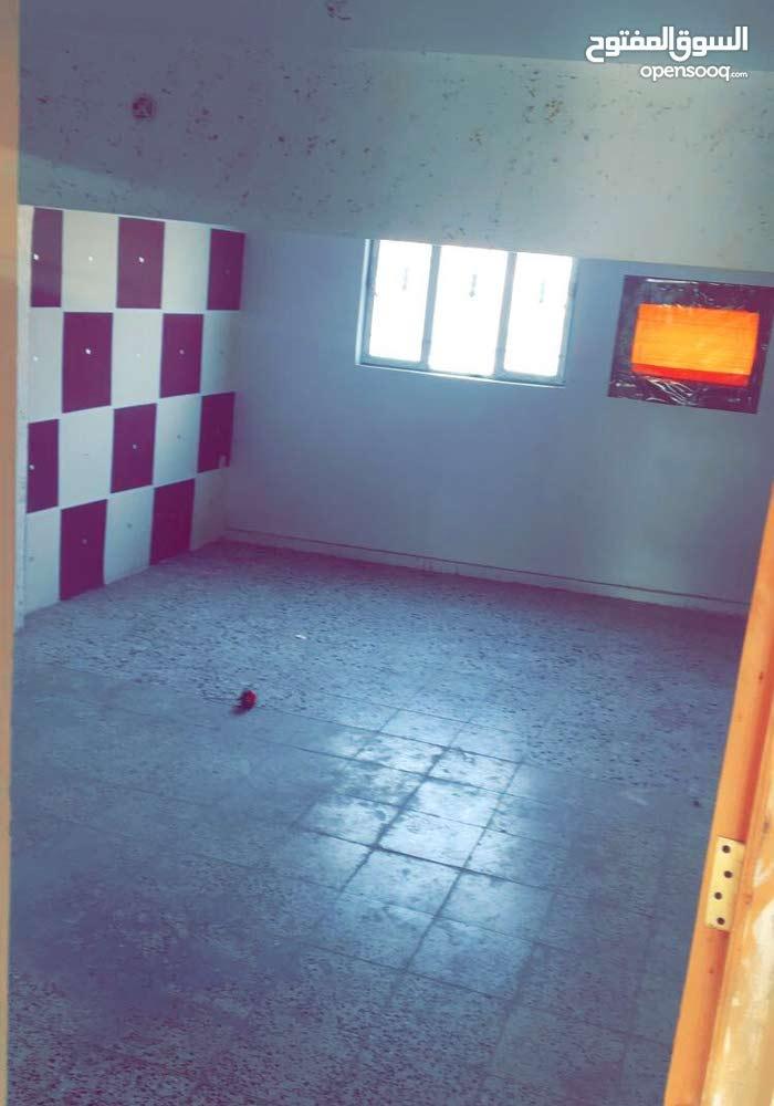 مشتمل للايجار غرفتين و صالة