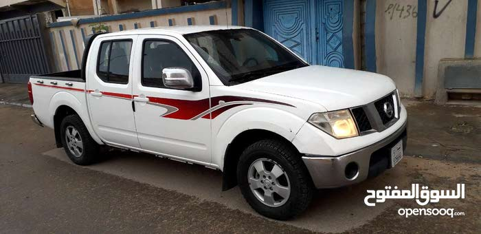 For sale Nissan Navara car in Sirte