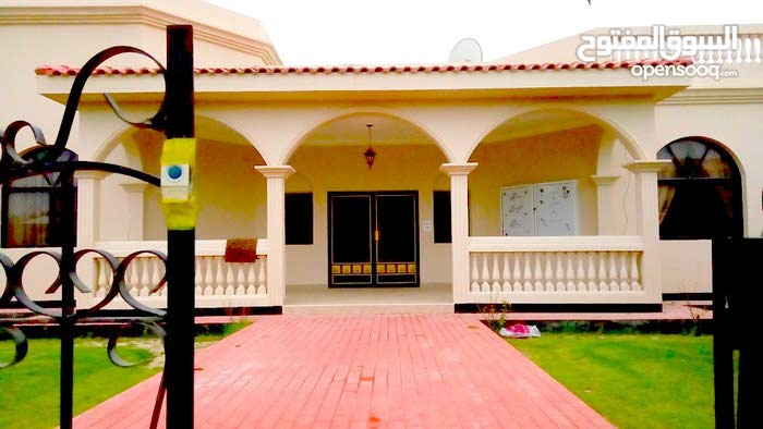 Nice Elegant 4 Bedrooms Semi Furnished  Compound Villa in Saar