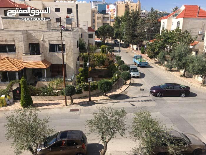 Al Rabiah neighborhood Amman city - 185 sqm apartment for rent