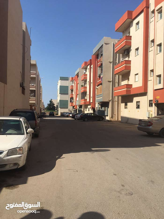 Second Floor  apartment for sale with 3 rooms - Tripoli city