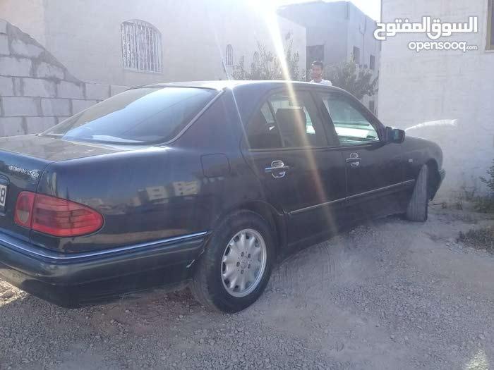 Mercedes Benz E 200 car for sale 1998 in Al Karak city