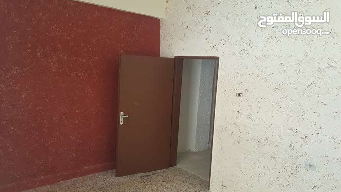 First Floor  apartment for rent with More rooms - Zarqa city Jabal Al Ameer Hasan
