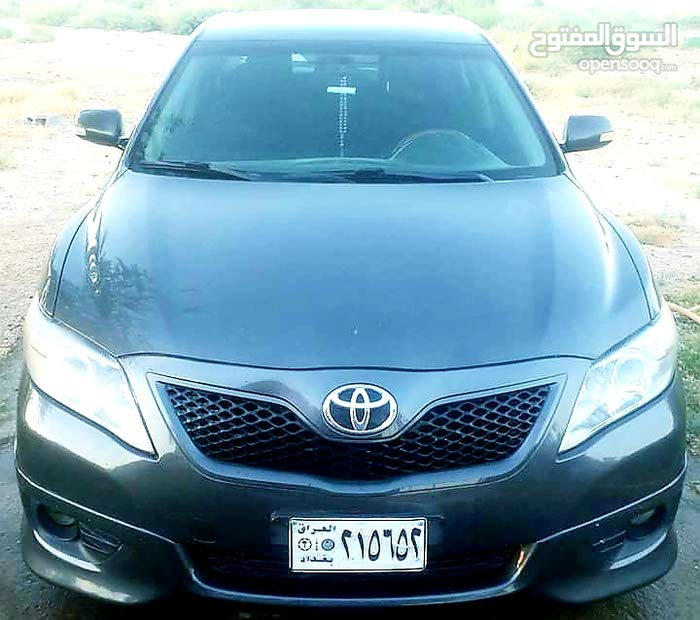 Toyota Camry 2010 For sale - Grey color