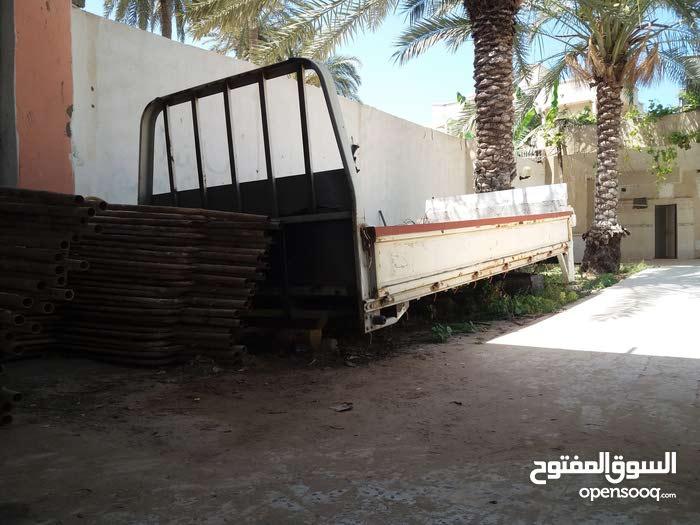 صندوق هونداي كنتر 3طن بي الاكريك للبيع سوق الجمعة طرابلس