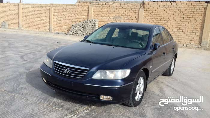 Used condition Hyundai Azera 2007 with +200,000 km mileage