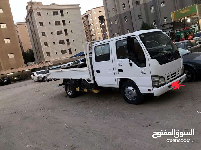 Used condition Isuzu NKR 2008 with 0 km mileage
