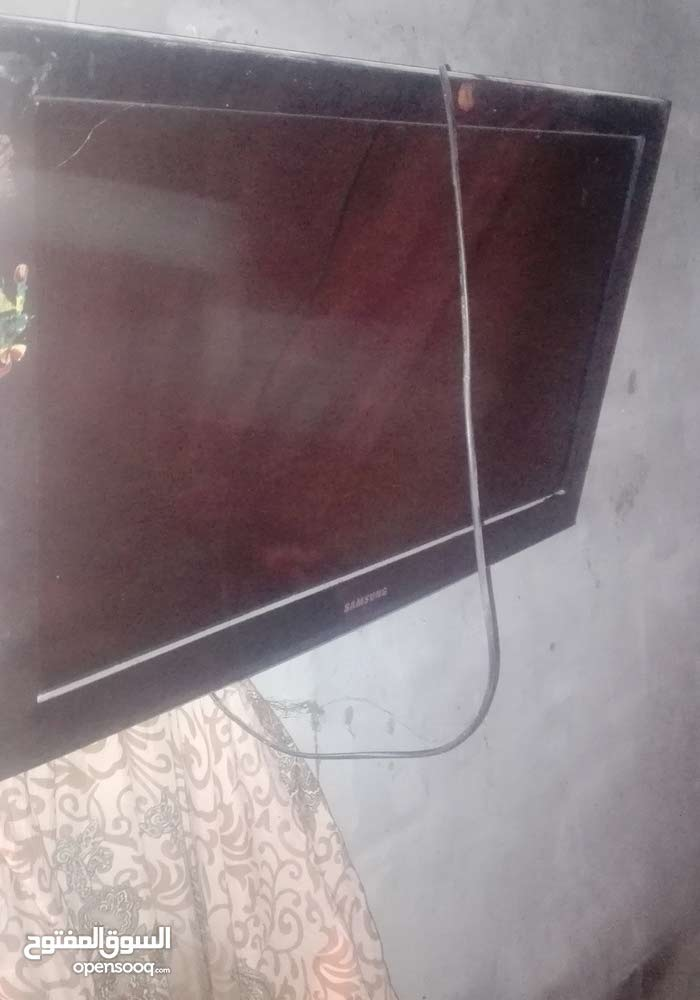 Used Samsung 32 inch screen